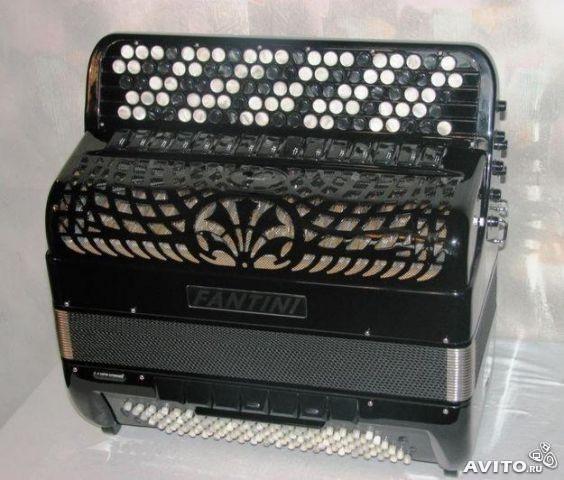 Продам готово-выборный баян «Fantini», производство Италии,усовершенствованный аналог «Юпитера-Люкс». Новый 2013 г.в.  ГОД ГАРАН