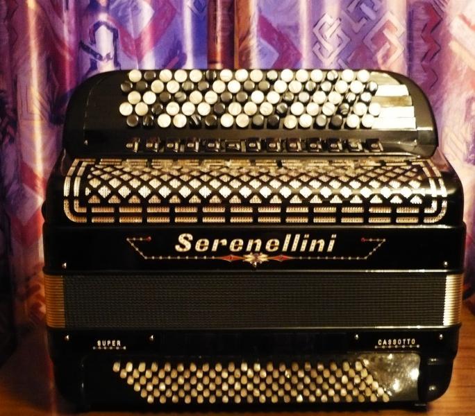 Новый профессиональный концертный баян Serenellini 464 Cassotto Super (Италия)