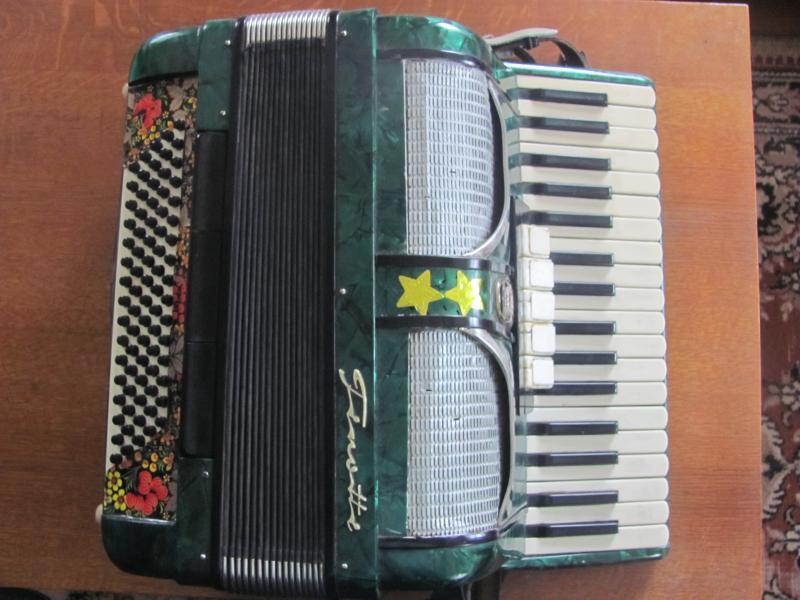Продам аккордеон Firotti
