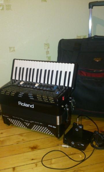 Цифровой аккордеон Roland FR-3X
