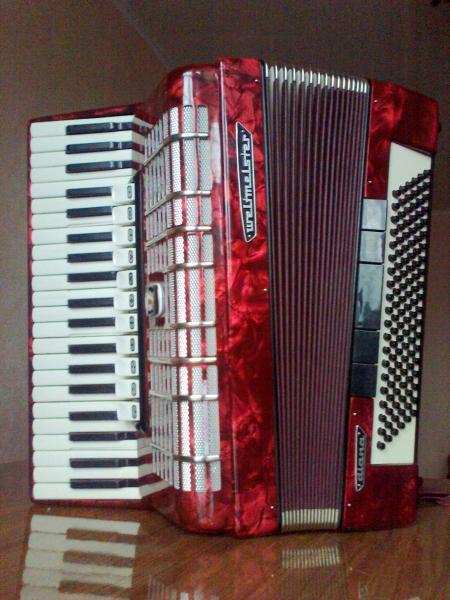 Готовый аккордеон Weltmeister Diana