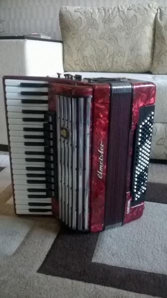 Продам Готово-выборный аккордеон