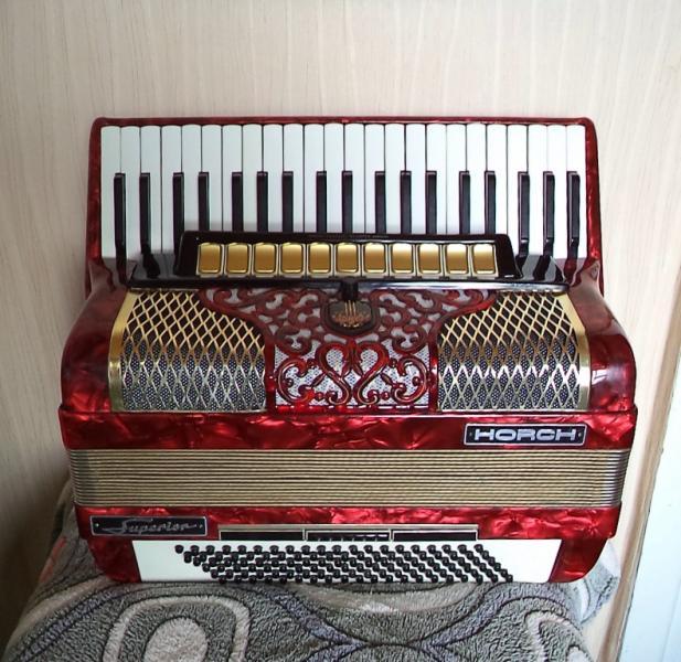 Полный немецкий аккордеон Horh Superion
