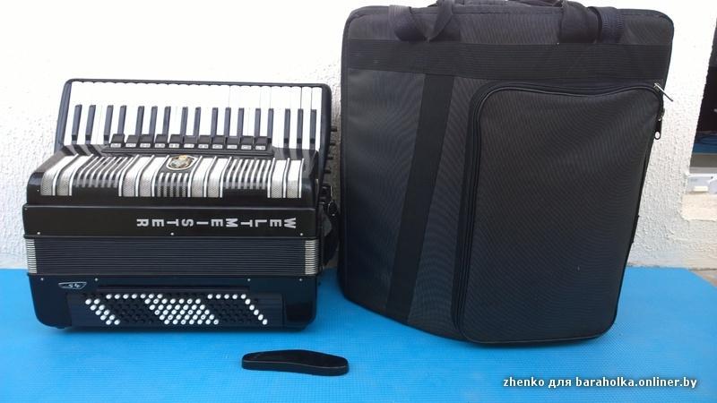 Продается готово-выборный аккордеон Weltmeister S4