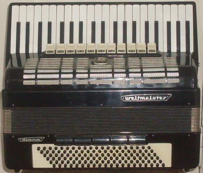 Полный немецкий аккордеон Вельтмейстер Диана