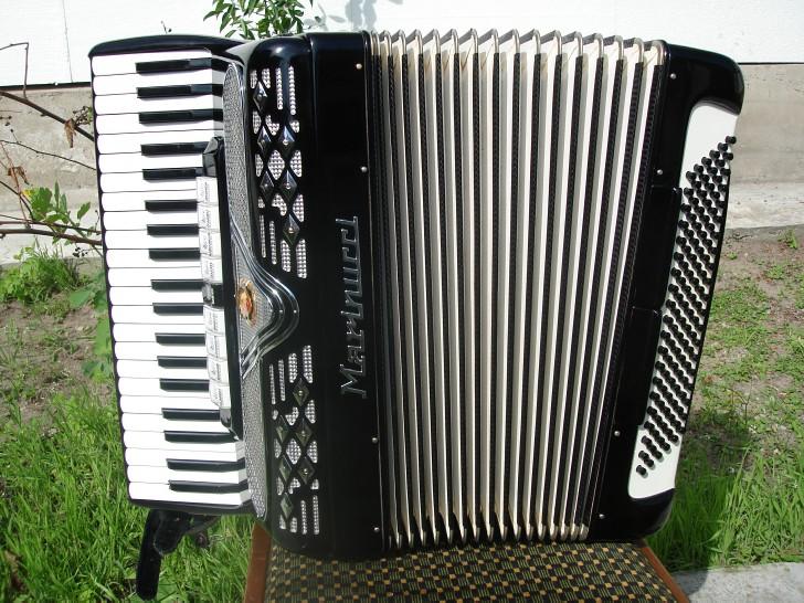 Итальянский аккордеон- Marinucci- made in Italy