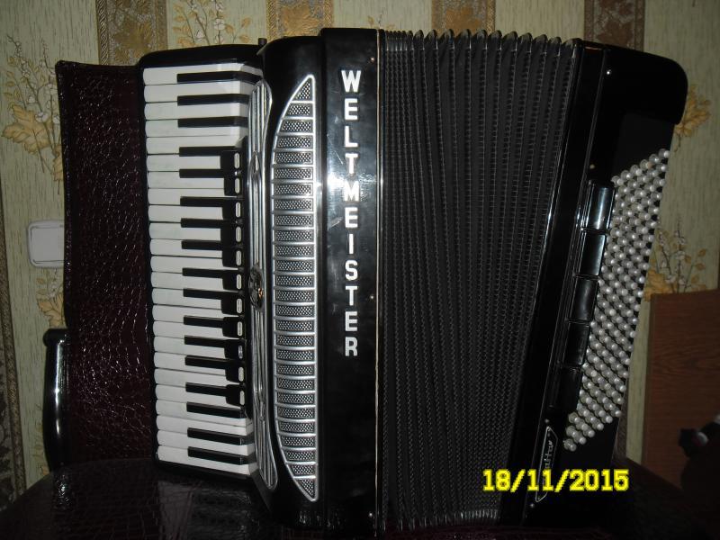 Продается аккордеон WELTMEISTER Supita готово-выборный