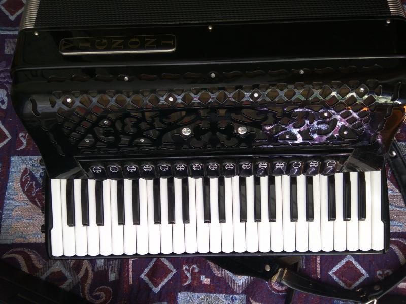 Vignoni  итальянский аккордеон