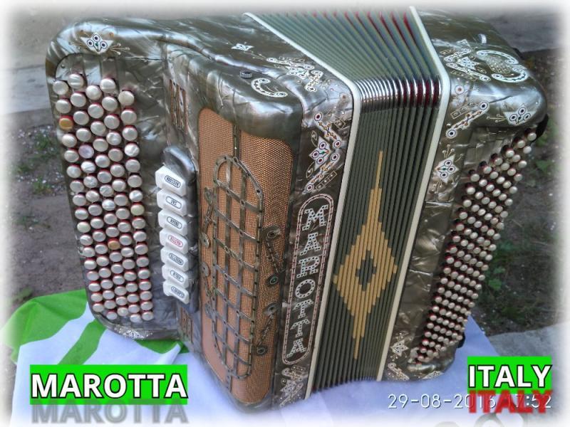 Marotta- made in Italy.  пятирядный семирегистровый итальянский баян.