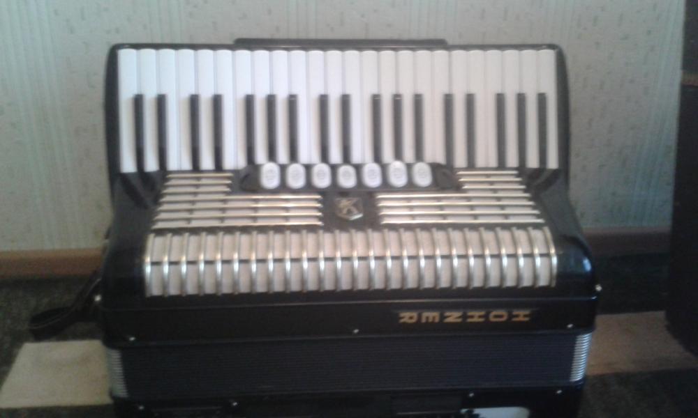 аккордеон hohner verdi 3